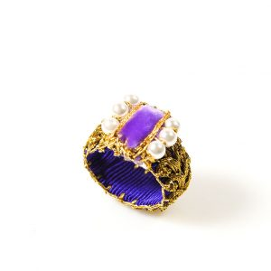 Handcrafted Ring with Pearls