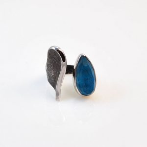 Rhodium silver ring with chrysocolla