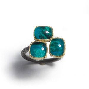 Chrysocolla &rock crystal doublet gold18ct and silver ring