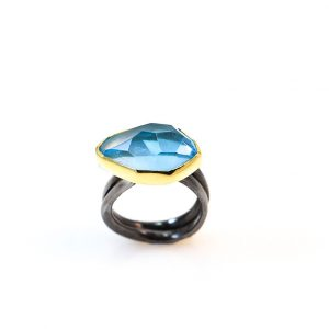 Aquamarine 18ct Gold & Rhodioum sterling silver ring